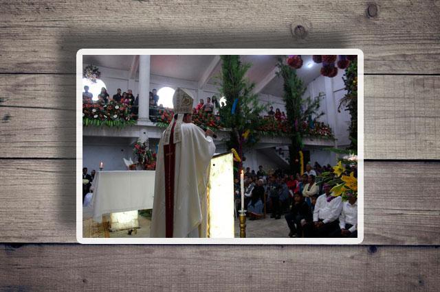 Construyen capilla a San Miguel Arcángel