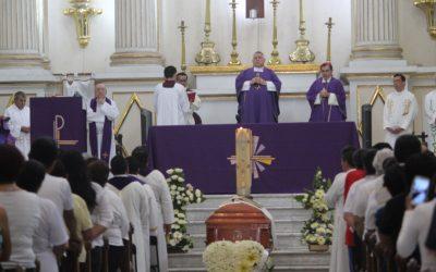 Recuerdan al padre Domingo Rafael Perea