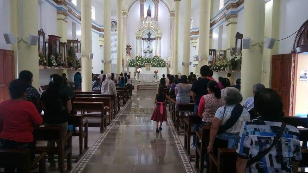 Desde casa vivieron devotos fiesta de San Juan Bautista